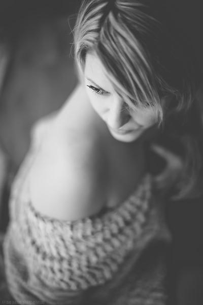 PHOTOGRAPHE PORTRAIT DE FEMME | LOIRE & HAUTE-LOIRE | SAINT ETIENNE (37)