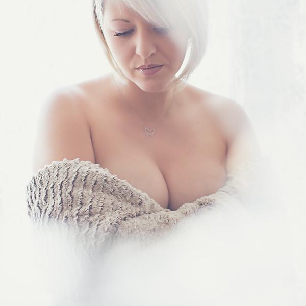 PHOTOGRAPHE PORTRAIT DE FEMME   LOIRE & HAUTE-LOIRE   SAINT ETIENNE (40)
