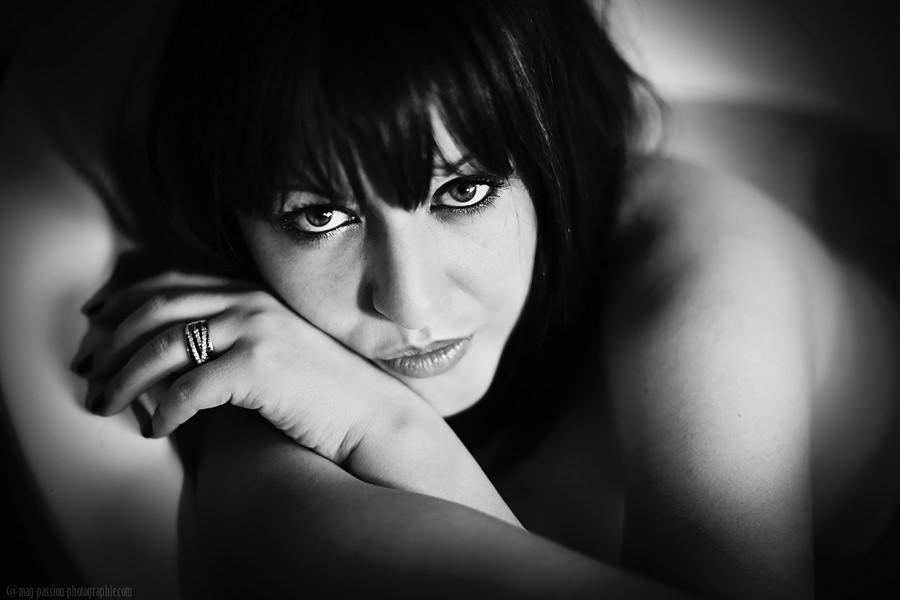PHOTOGRAPHE PORTRAIT DE FEMME   LOIRE & HAUTE-LOIRE   SAINT ETIENNE (25)